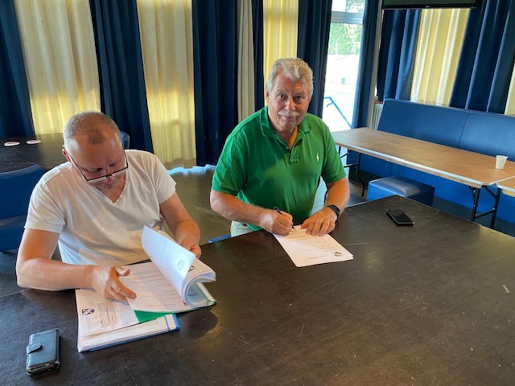 Contracten nieuw seizoen getekend